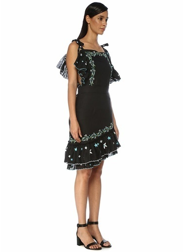 Gül Hürgel Gül Hürgel  Nakışlı Asimetrik Fırfırlı Mini Keten Elbise 101546127 Siyah
